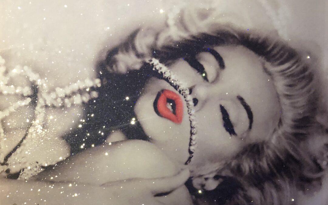 Diamonds Marilyn Monroe Red Lips